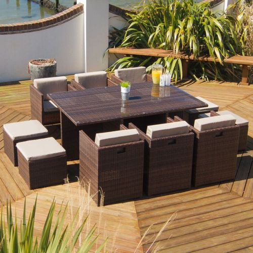 Rattan Cube Furniture Designed with Summer in Mind